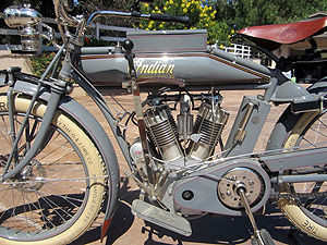 1913 Big Twin L closeup