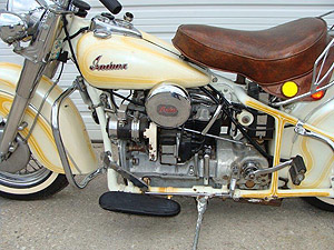 1940 Four w Glide front end L closeup