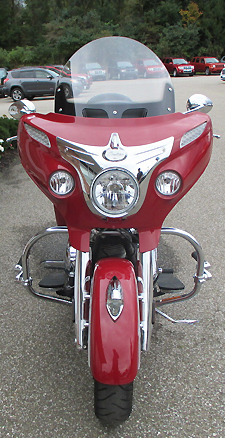 2014 Indian Chieftain front view