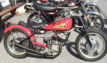 Scout bobber rear cyl cover